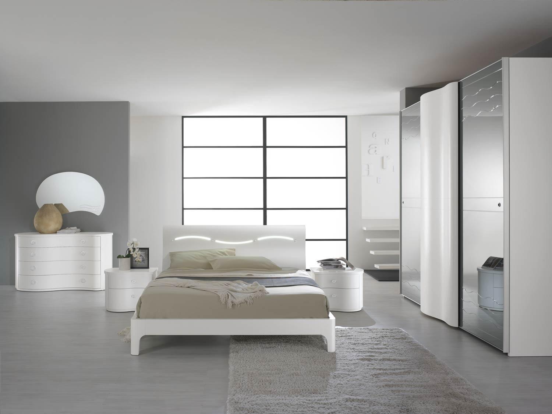 "Ansamblu principal dormitor, colectia ""Unda"" - pat, dulap dressing, comoda cu oglinda, noptiere"