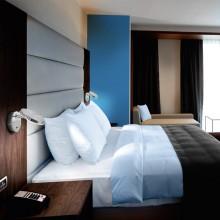 Lampa fixabila pe perete sau mobila dormitor, luminozitate ajustabila, LED, platinata cu nichel.