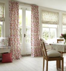 Tesatura engleza folosita in draperie - desen flori, bumbac 100%, 90 Ron / m.l. (137cm)