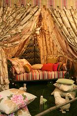 Tesaturi pentru perdele,draperii,tapet,galerii,accesorii si pasmanterie decorativa de inspiratie Franceza